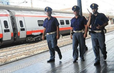 Ostuni, violenza sessuale sul treno Lecce-Bologna: 40enne barese ai domiciliari