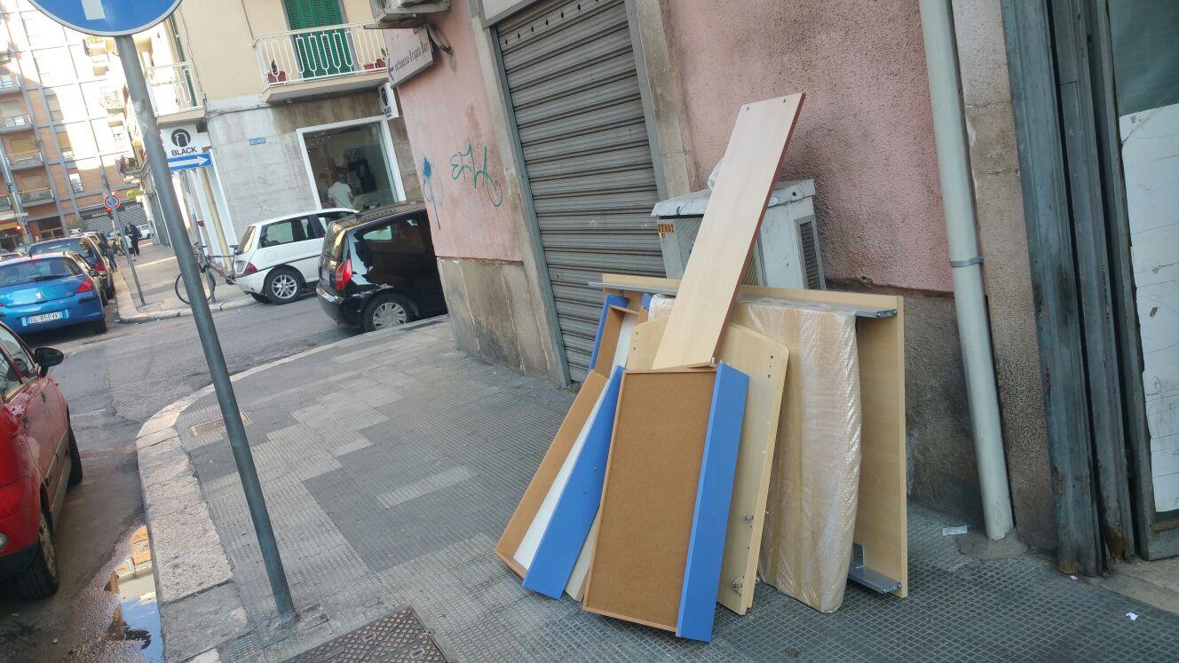 Bari angolo delle occasioni in via principe amedeo - Ikea angolo occasioni ...