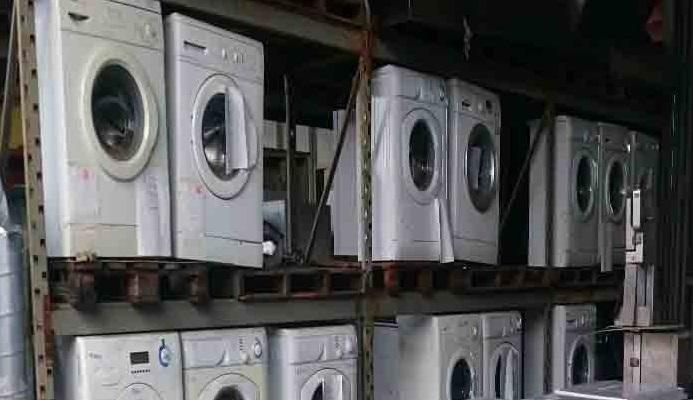 Lavatrici Usate Bari.Bari Lavatrici E Forni Usati Diretti In Albania