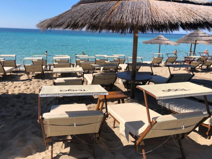 Regole Iss per le spiagge, bagni sicuri ma a distanza