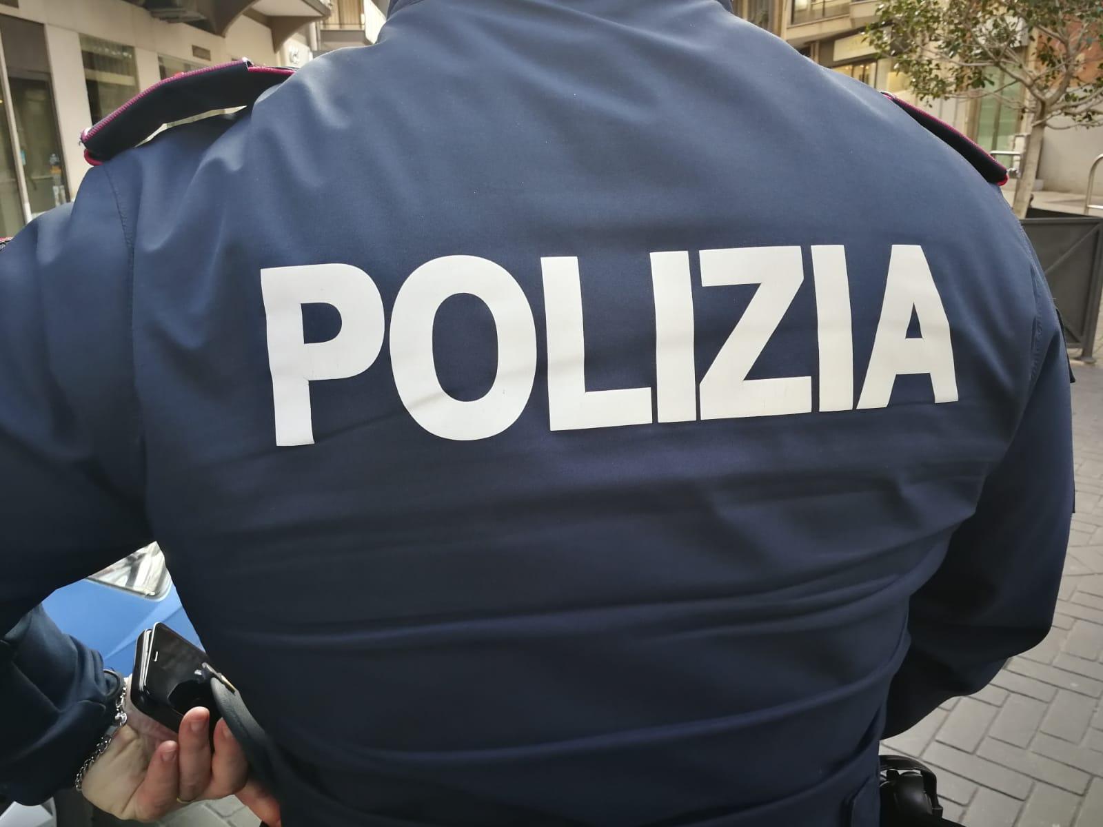 Bari, 58enne trovata morta in casa a Madonnella: marito in ...